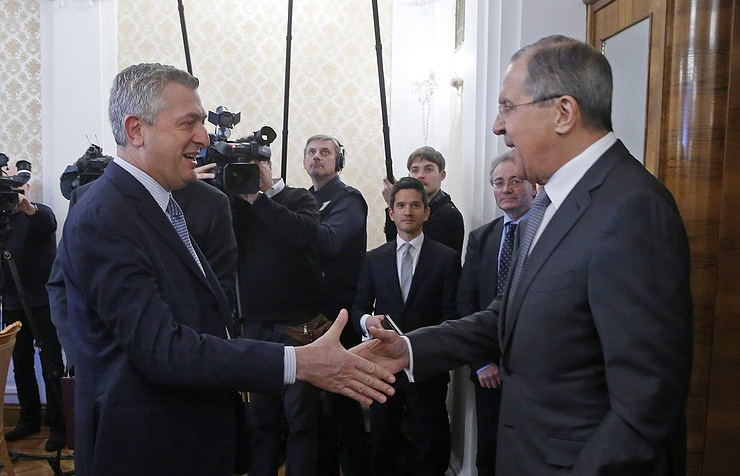 UN High Commissioner for Refugees Filippo Grandi and Russian Foreign Minister Sergey Lavrov