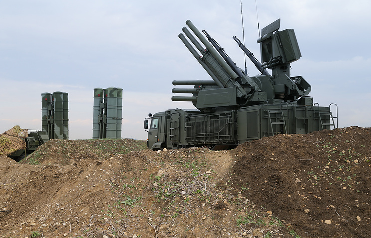 Russian Pantsyr-S1 air defense weapon system and the S-400 long-range air defense missile systems deployed at Hmeymim air base in Syria