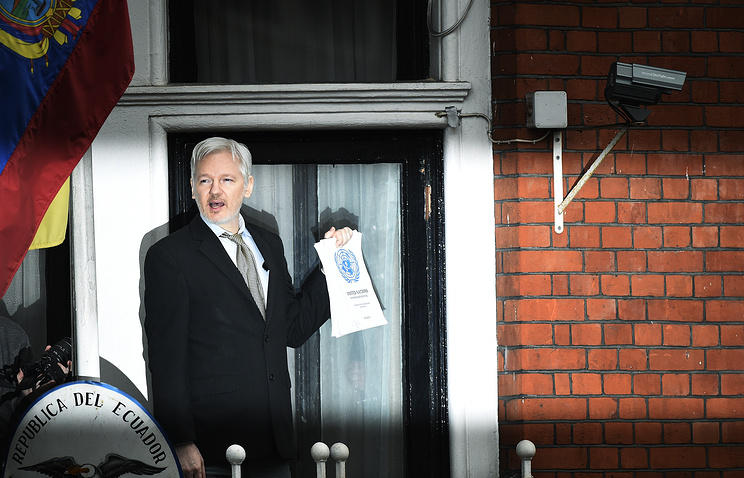 Sweden drops Assange investigation, but United Kingdom  police say he still faces arrest