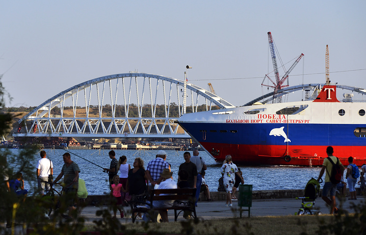 Construction of Kerch Strait Bridge set to link Crimea's Kerch Peninsula with mainland Russia