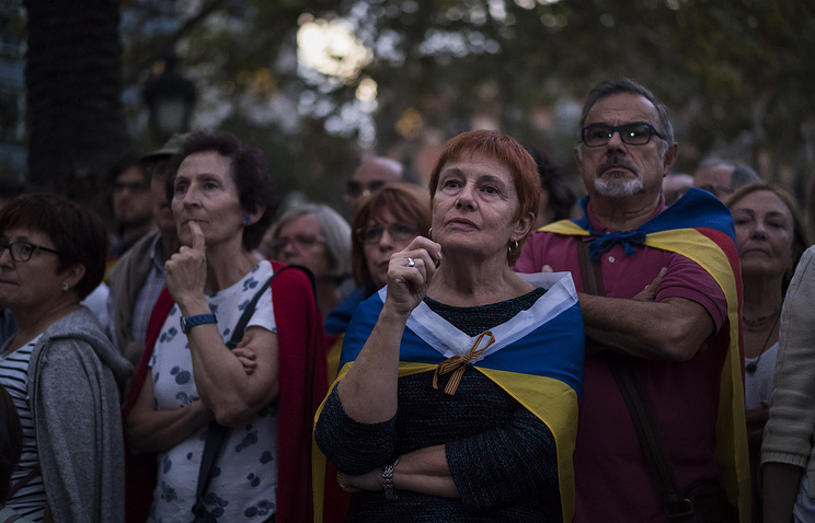 Pro-independence supporters seen during a rally in Barcelona, Spain