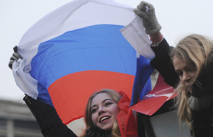 Russian opposition takes to streets, requires election boycott