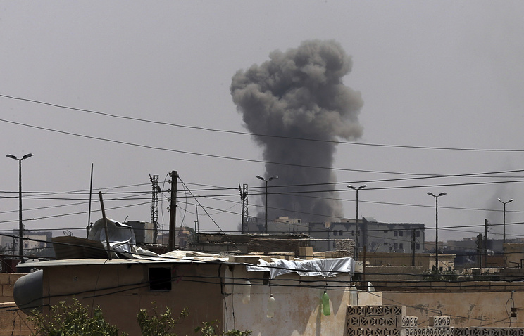Syria Claims Missile Strikes on Its Bases; Pentagon Says US Not Attacking