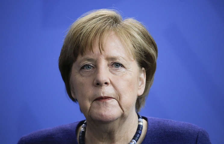 Angela Merkel to back eurozone bailout fund in sign of greater integration