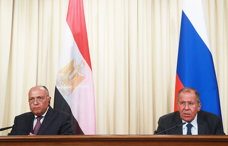 Egypt's Foreign Minister Sameh Shoukry and Russia's Foreign Minister Sergei Lavrov
